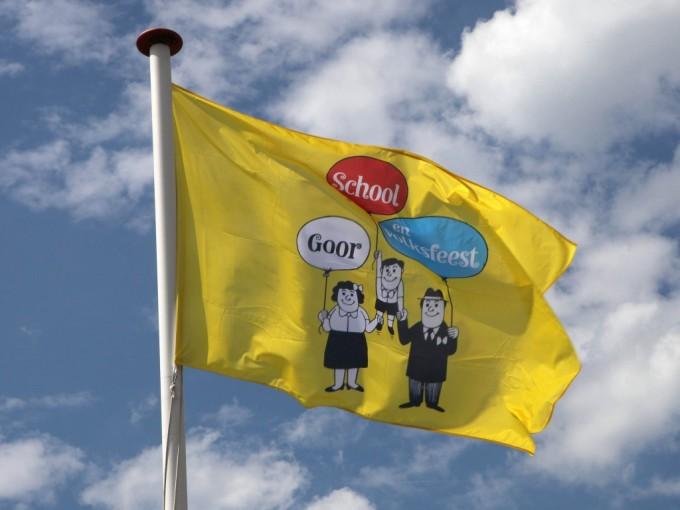De vlag mag nu officieel eerder uit!